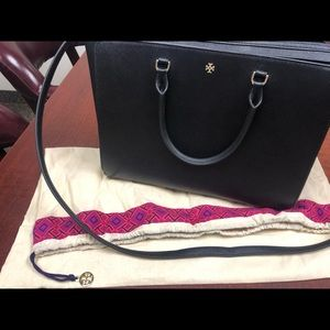 b58d07a870f Women Used Tory Burch Handbags on Poshmark